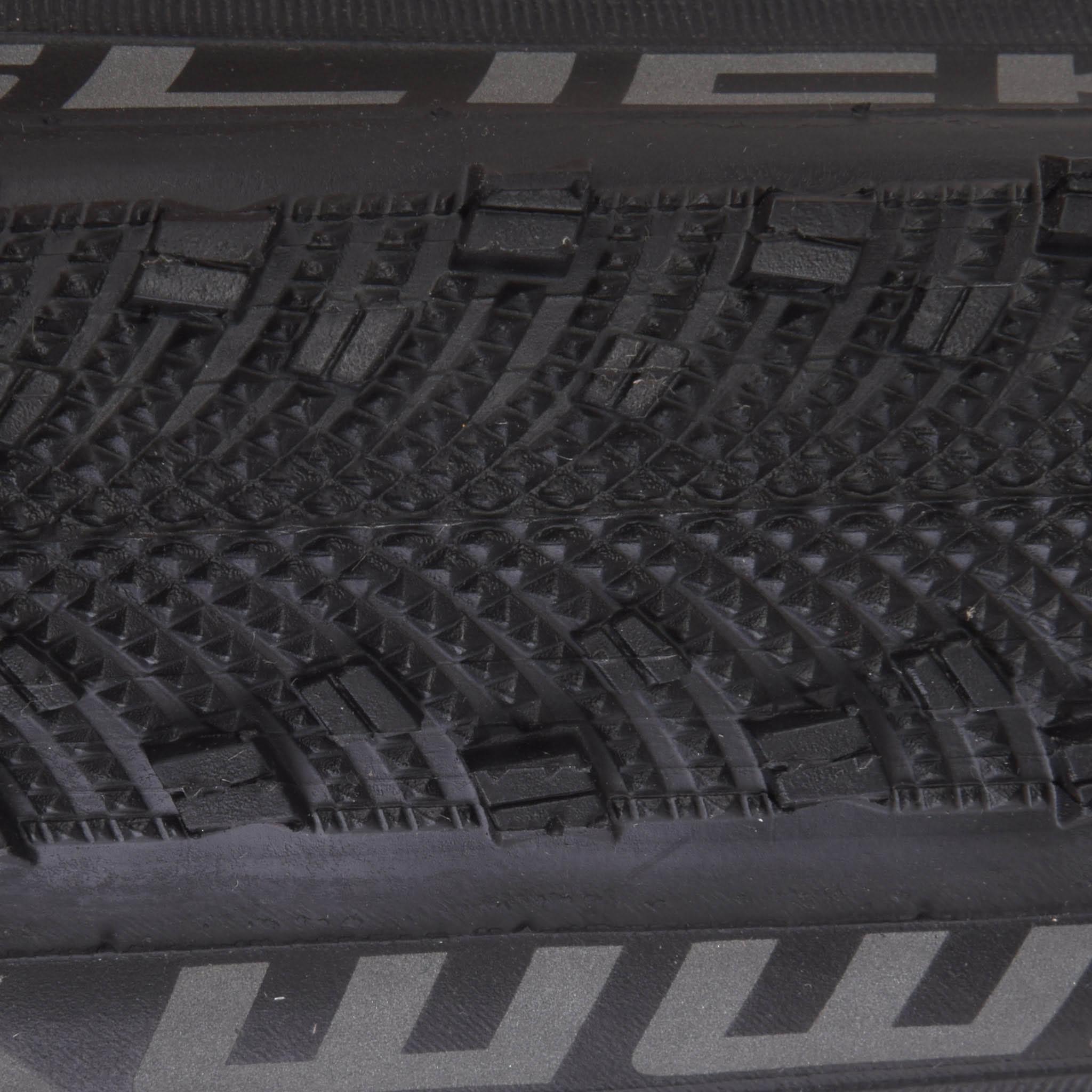 Pneu schwalbe sammy slick cx 700x35c souple probikeshop for 700x35c chambre air